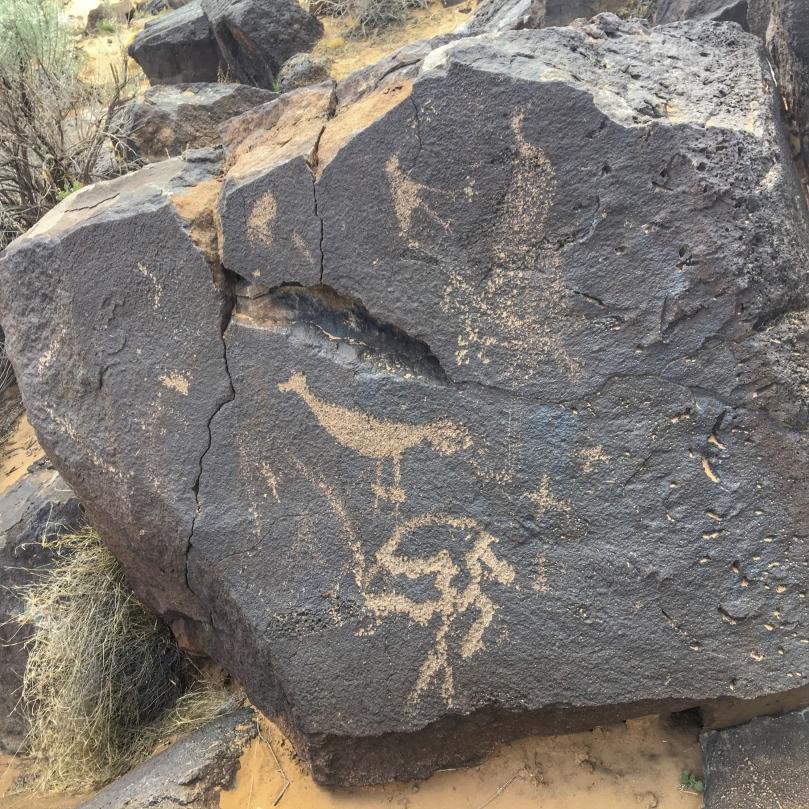 petroglyphs 4.jpg